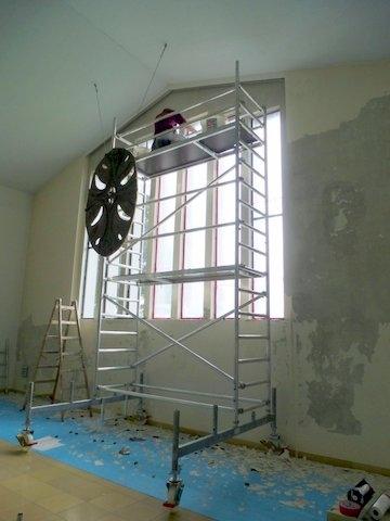 Renovierung der Kirchenfienster im Sept 2013 (1)